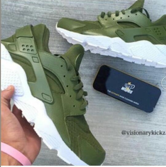 newest 3366c 6f97b Nike Air Huarache Army Green White Men s Women s Casual Shoes