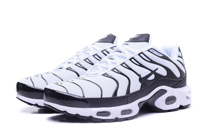 pas cher pour réduction 5a7d5 c4bb3 Nike Air Max Plus TXT White Black Men's Running Shoes NIKE-ST000942