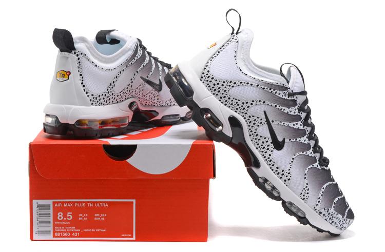 8d8210163880c8 Nike Air Max Plus TN Ultra Black White Men s Running Shoes 881560 ...