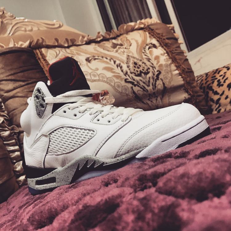 new style 5d860 0c813 Nike Air Jordan 5 Retro White Cement Mens Athletic Basketball Shoes  136027-104