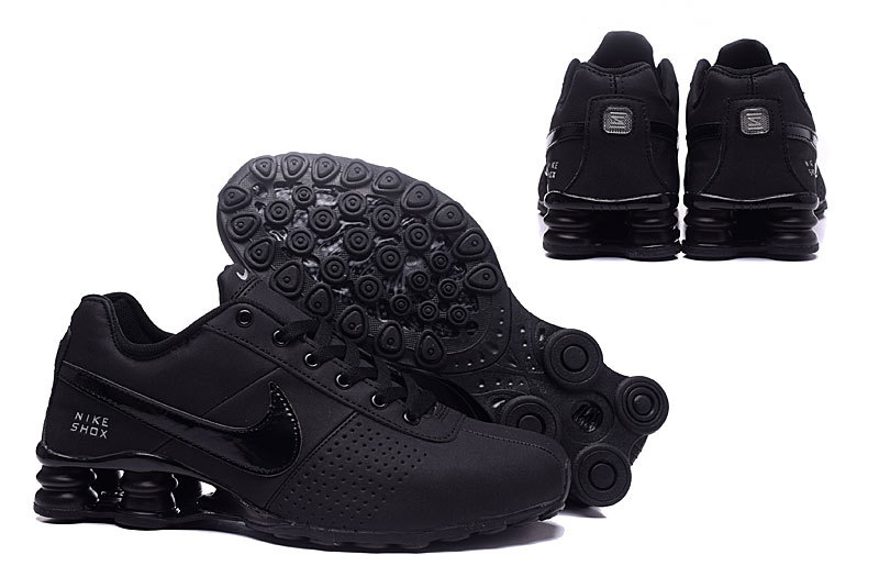 the latest 12c05 fb787 Nike Shox Deliver Triple Black ...