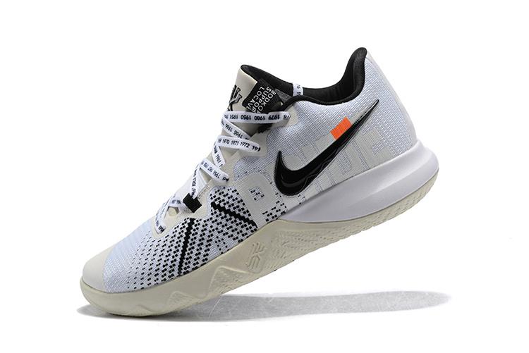huge discount c877e c857c Nike Flytrap Blanc Kyrie de Chaussures Noir pour Homme basket AwUEnqH