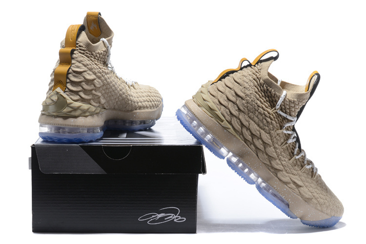 wholesale dealer 3fa39 39c18 Nike Lebron 15 XV Ghost Beige Men's Basketball Shoes 897648-200