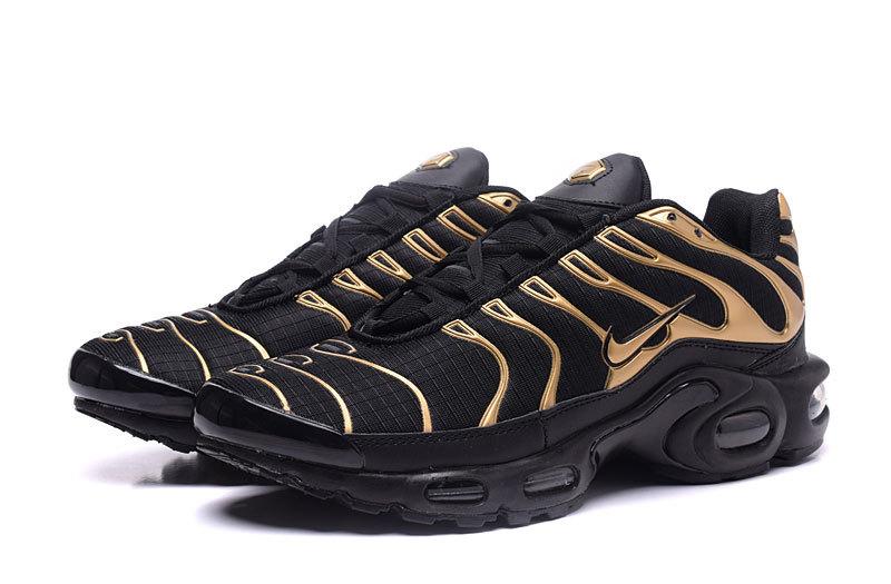 the best attitude d0085 5f858 Nike Air Max Plus TXT Gold Black Men s Running Shoes