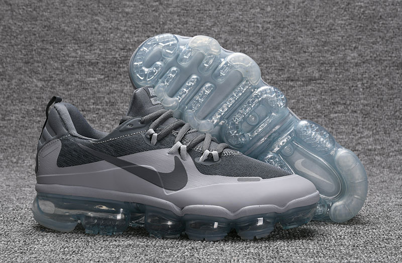hot sales 2d492 9b7b4 Nike Air VaporMax Flyknit Black Grey Women's Men's Running Shoes 709384-002