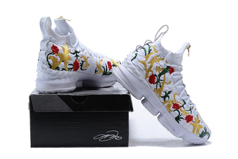 new arrival edf2f 7f4ca Nike Lebron XV Perf Kith King's Cloak Men's Basketball Shoes AJ3936-100