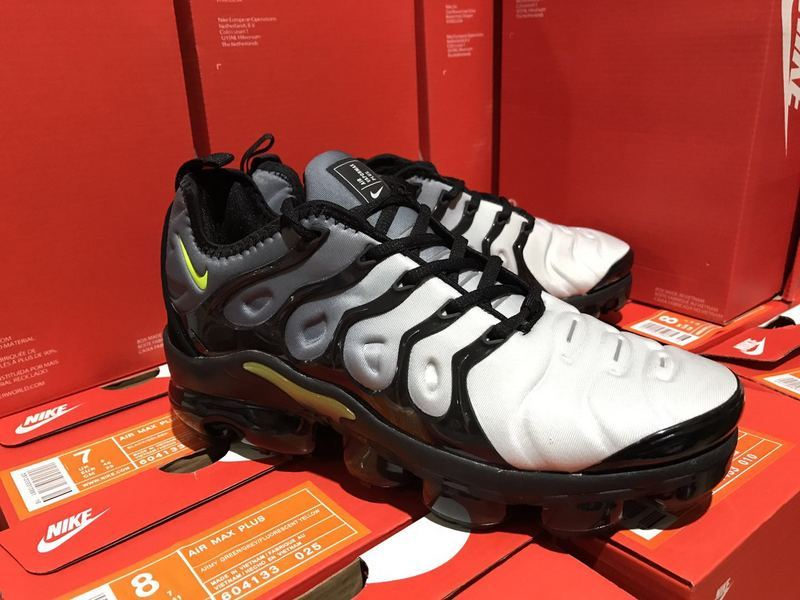 innovative design 71fad 4a2db Nike Air Vapormax Plus TN Black Volt 924453-009 Mens Running Shoes  924453-009
