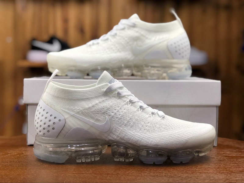 classic fit 56420 4b8b1 Nike Air Vapormax Flyknit 2. 0 Triple White 942842 100 Women's Men's  Running Shoes 942842-100A
