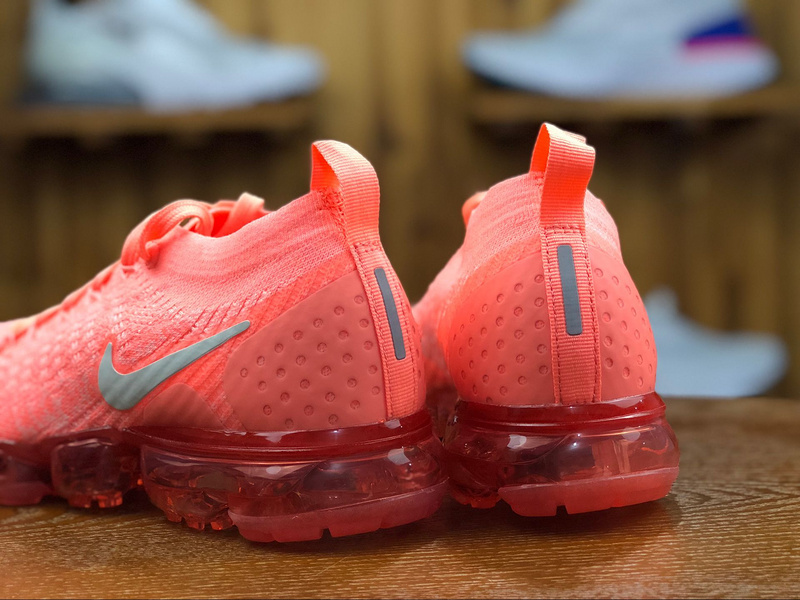 the latest 48525 00b18 Nike Air VaporMax Flyknit 2. 0 Crimson Pulse Sail Coral Stardust 942843 800  Women's Running Shoes 942843-800A
