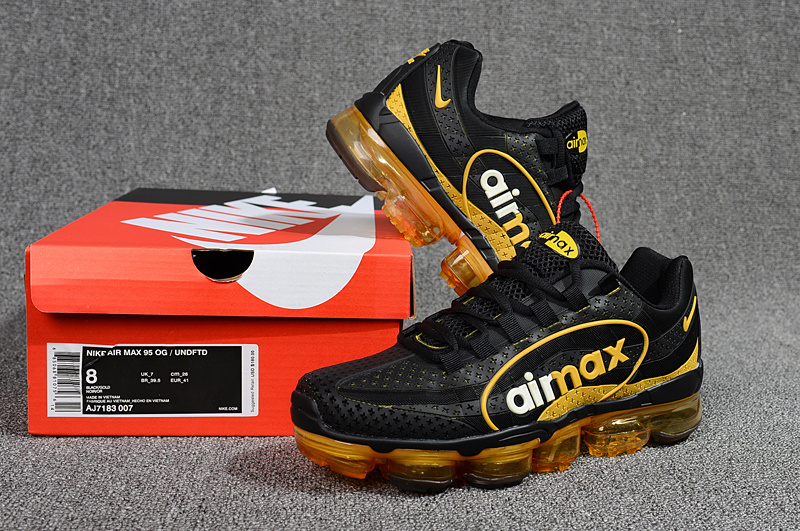 Nike Air VaporMax 95 OG Undftd Kpu BIG LOGO Black Gold White AJ7183 007 Men s  Running ffe88e8d3