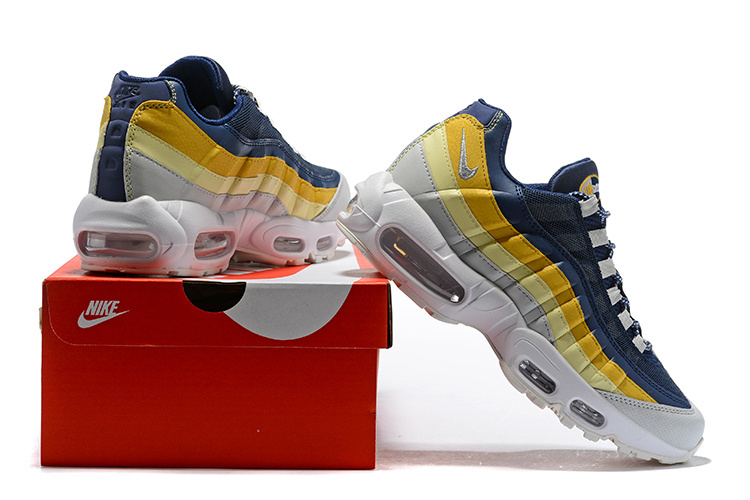 separation shoes 0f7d9 f6dc4 ... Max 95 Running Shoes›. Nike ...