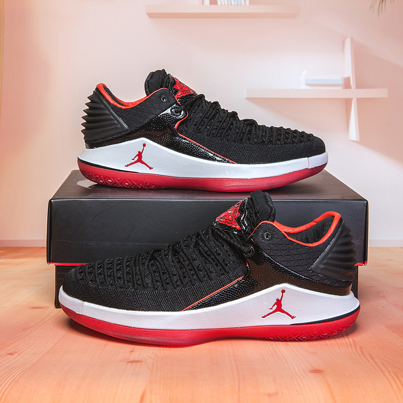 reputable site f91a5 80f0e Air Jordan 32 XXXII Low Banned Bred ...
