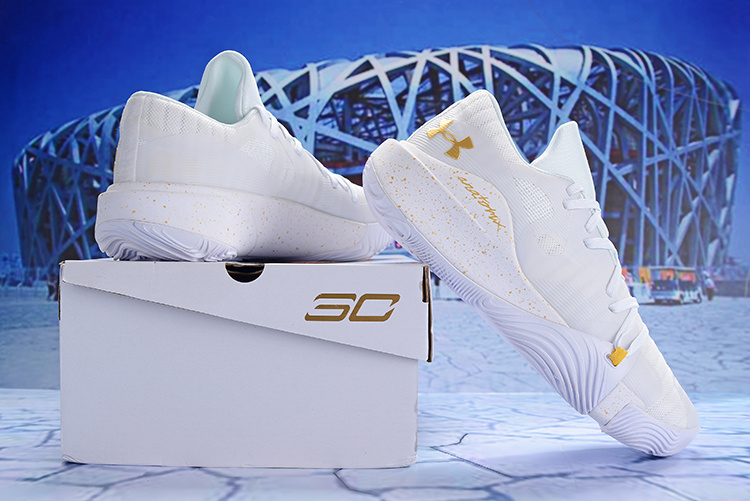 Under Armour Stephen Curry 5 Low White Gold Men s Basketball Shoes ... ee9cb68a8d23
