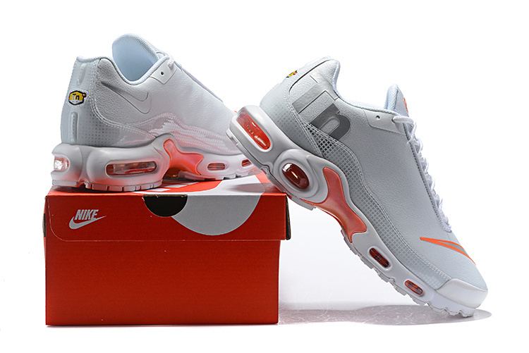 a8a10cd1e13e94 Nike Air Max Plus Tn Mercurial SE BG GS White Silver Orange AR0005 ...