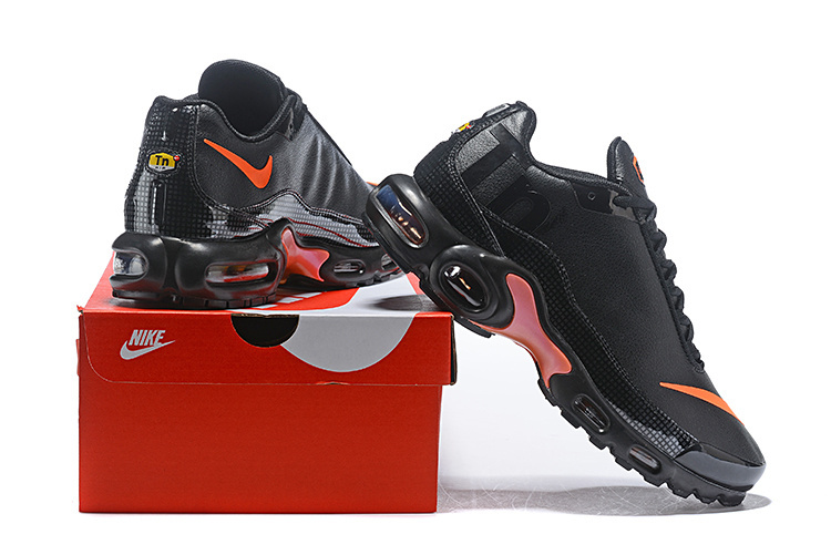 super popular a698c b1e34 Nike Air Max Plus Tn Mercurial SE BG GS Black Orange Silver Juniors AR0005  001 Men's Running Shoes AR0005-001