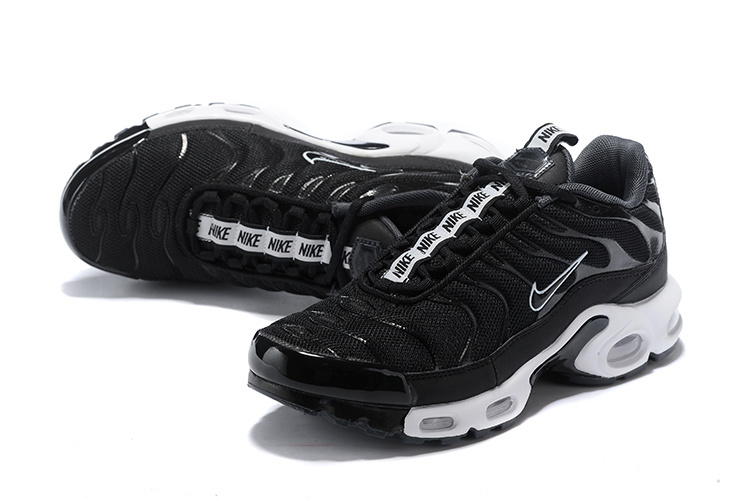 new concept 152a8 665d3 Nike Air Max Plus SE TN Tuned 1 Taped Pull Black White AQ4128 001 Men's  Running Shoes AQ4128-001