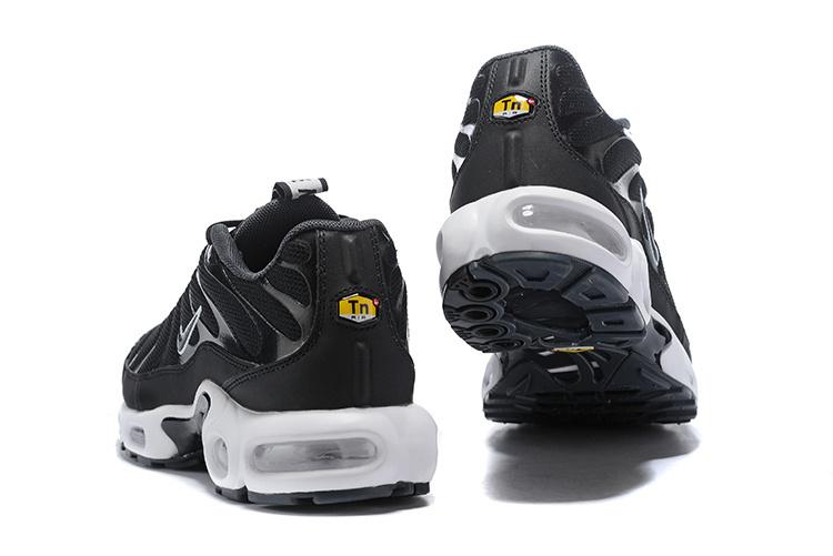 new concept 9144d ba05c Nike Air Max Plus SE TN Tuned 1 Taped Pull Black White AQ4128 001 Men's  Running Shoes AQ4128-001