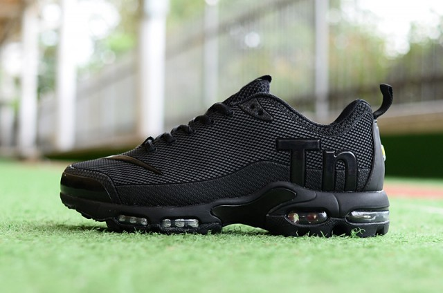 info for 1c122 6d02d Mens Womens Nike Mercurial Air Max Plus Tn TPU Triple Black Running Shoes  NIKE-ST004669