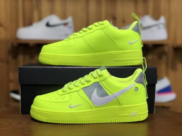 Nike Air Force 1 Utility Volt AJ7747 700 Women's Men's Sneakers AJ7747 700A
