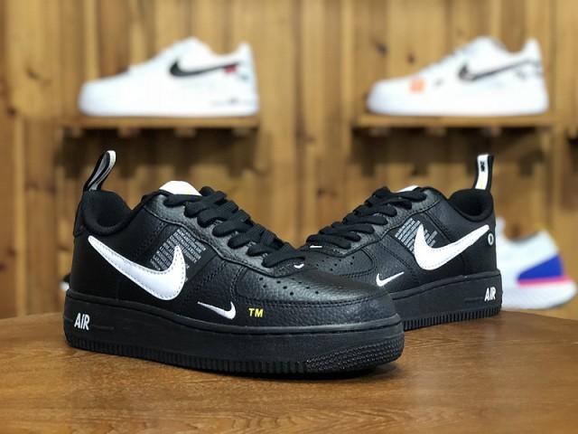 Nike Air Force 1 07 LV8 Utility Pack BlackWhite Black Tour