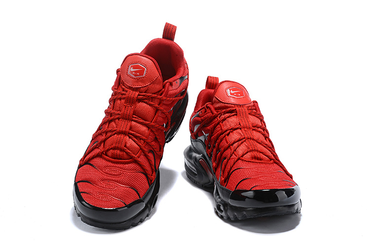 b73ce25869 Mens Drake Reveals Nike Air Max Plus For Stage TN 2019 Bright Red Black  Winter Running