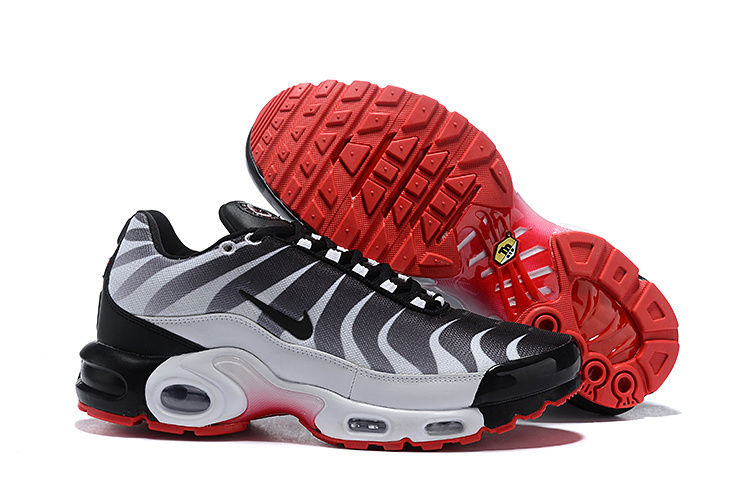 Mens Nike Air Max Plus TN SE WhiteDark GreySpeed Red   SE Before the Bite Running Shoes NIKE ST004736