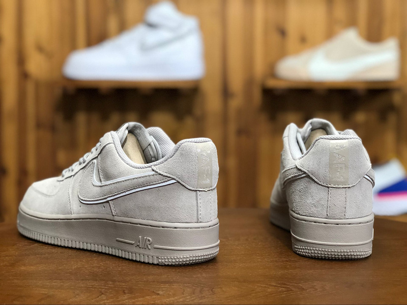 design intemporel 3bc70 5b030 Nike Air Force 1 Low 'Suede' Pack Moon Particle AA1117-201 Women's Men's  Sneakers AA1117-201B