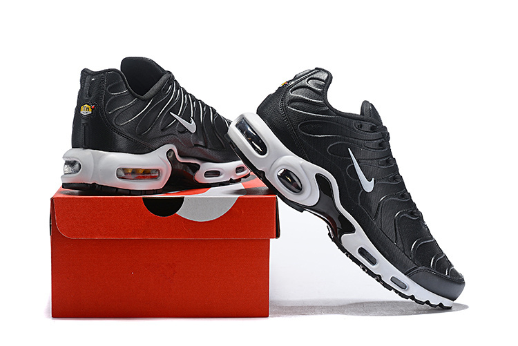 timeless design c5365 c8294 Wholesale Nike Air Max Plus SE TN Black/White Women's Men's Running Shoes  NIKE-ST004886