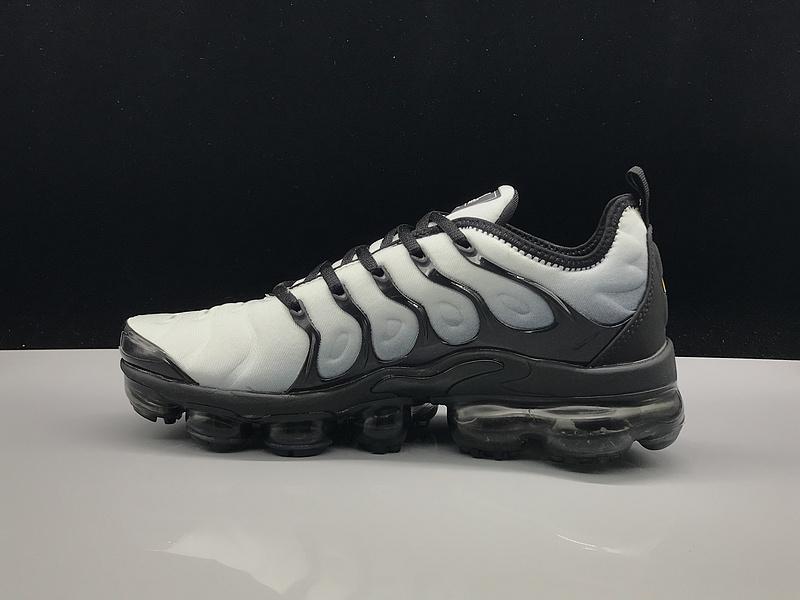 size 40 205e5 816e2 Nike Air Vapormax Plus TN Grey Black Green Men's Running Shoes NIKE-ST005210