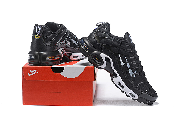 Mens Nike Air Max Plus Overbranding Black White 815994 004 Males Running Shoes 815994 004