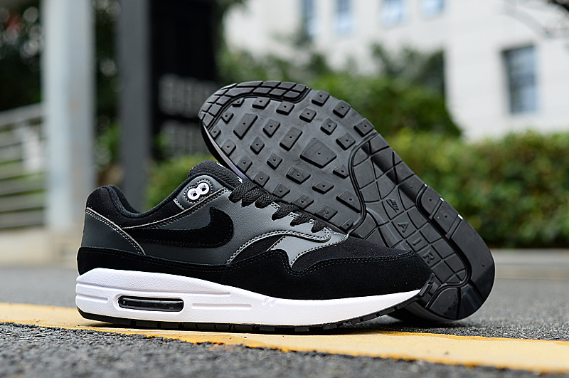 pretty nice dc381 40843 Nike Air Max 87 Black White Men s Casual Shoes Sneakers NIKE-ST004966    WithTheSale.com