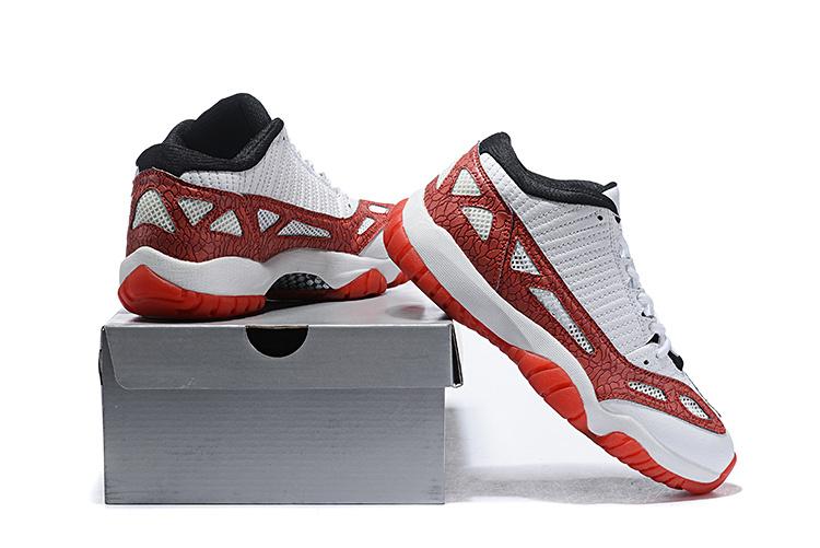wholesale dealer 0c959 088db Air Jordan 11 Low IE