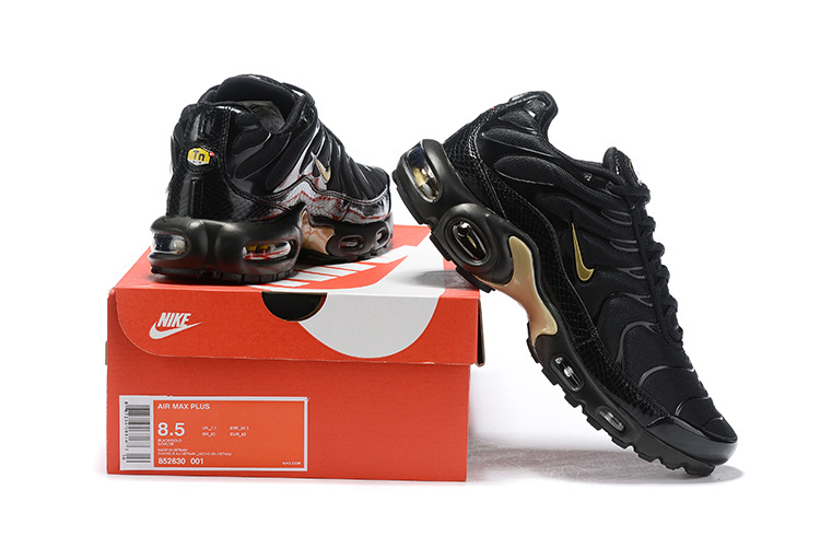 huge discount 7509a 6584a Mens Nike Air Max Plus TN Black Gold ...