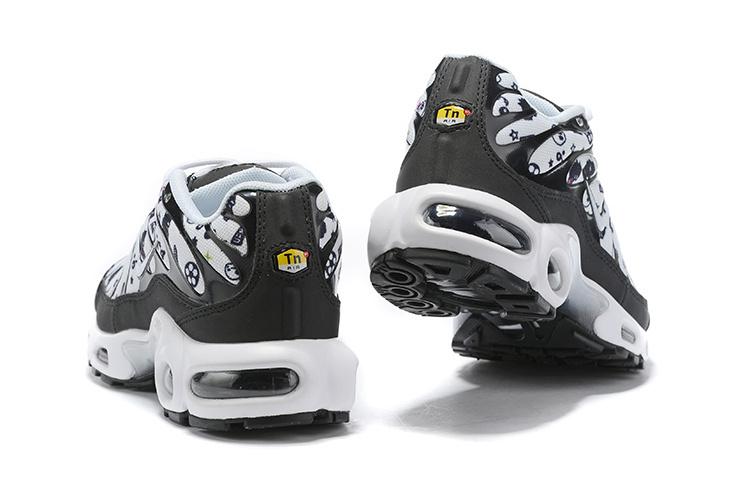 official photos a4787 67c16 Womens Nike Air Max Plus TN White Black 852630 101 Running Shoes