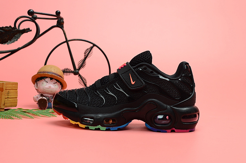 new product d02e6 d3d1f Nike Air Max Plus Tn KPU Triple Black Kids Running Shoes NIKE-ST006698