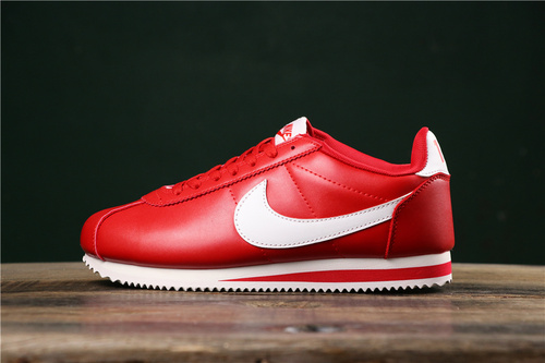 reputable site 70662 4fc9b Wmns Nike Nike Cortez'72 Red White 807479-006 Running shoes 807479-006