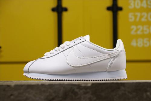 sports shoes c8646 30b25 Wmns Nike Nike Cortez'72 White 807471-100 Running shoes 807471-100